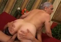 Abuela, si quieres te follo el culo para que disfrutes