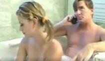 Comparte ducha con su padre y termina probando su rabo