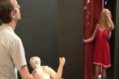 Deja la muñeca hinchable y fóllame a mi
