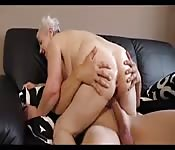 Logro orgasmos para mi abuelita